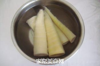 香浓麻辣--竹笋海带炖排骨的做法步骤:3