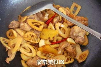 香浓麻辣--竹笋海带炖排骨的做法步骤:10