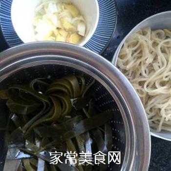 白菜海带素锅的做法步骤:2