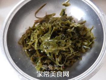 拌豆腐皮海带丝的做法步骤:2