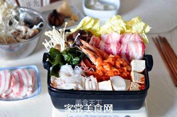 韩风辣味豚肉锅的做法