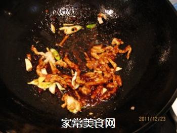 黄豆酱炒海带白菜丝的做法步骤:5