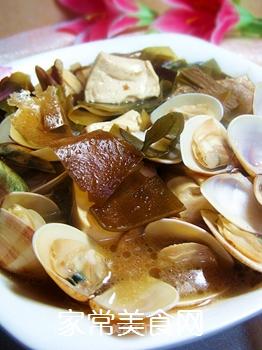 蛤蜊豆腐海带汤煲的做法