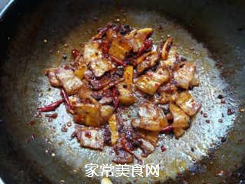 香干回锅肉的做法步骤:8