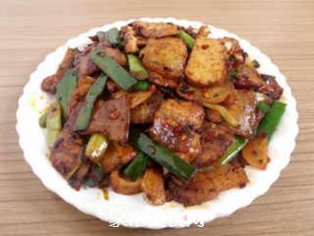 香干回锅肉的做法步骤:10