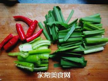 辣韭炒虾仁的做法步骤:6
