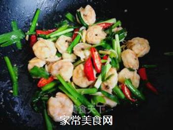 辣韭炒虾仁的做法步骤:10