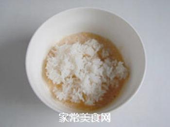 方便快捷―米饭鸡蛋饼的做法步骤:3