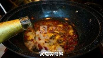 啤酒焖酥鱼的做法步骤:16