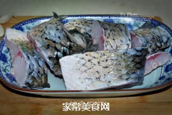 浓油赤酱-红烧鱼的做法步骤:1