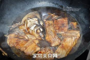 浓油赤酱-红烧鱼的做法步骤:8