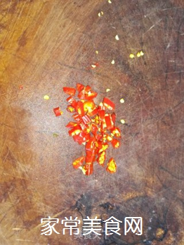 凉拌莴笋丝的做法步骤:3