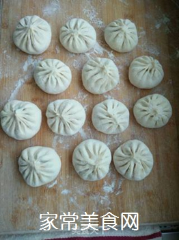 蒜薹煎包的做法步骤:3