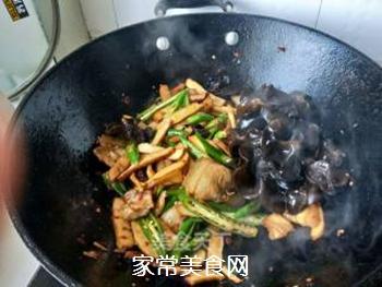 【川菜】香干回锅肉的做法步骤:12