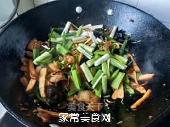 【川菜】香干回锅肉的做法步骤:14