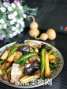 【川菜】香干回锅肉的做法步骤:17