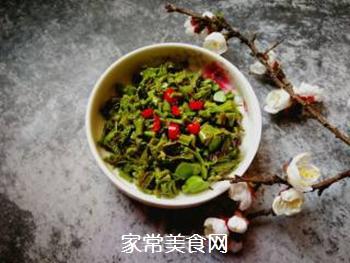 春天的味道:拌香椿芽的做法步骤:9