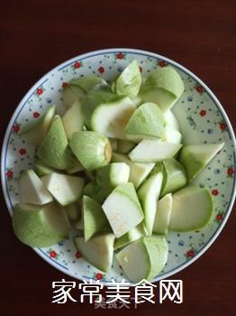 清脆角瓜(西葫芦)的做法步骤:2
