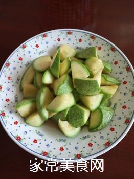 清脆角瓜(西葫芦)的做法