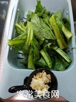 蒜蓉炒苦麦菜的做法步骤:2