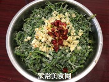 寻味春天-苜蓿蒸菜的做法步骤:6