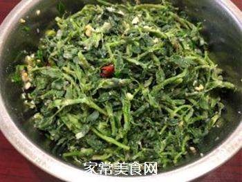 寻味春天-苜蓿蒸菜的做法步骤:7
