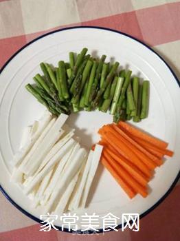 芦笋炒山药的做法步骤:2