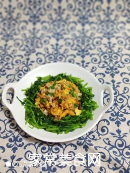 快手素菜 茼蒿鸡蛋的做法