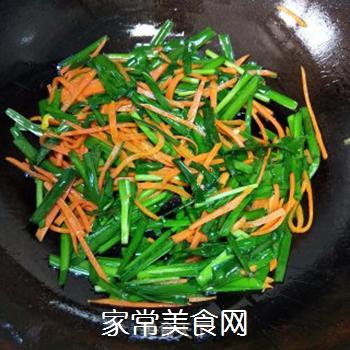 韭菜炒蛋的做法步骤:6