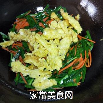 韭菜炒蛋的做法步骤:7