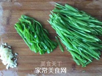 清炒刀豆(减脂餐)的做法步骤:2