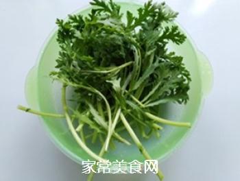 蒜香蓬蒿菜的做法步骤:2