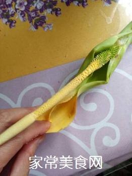 清炒芋头花的做法步骤:2