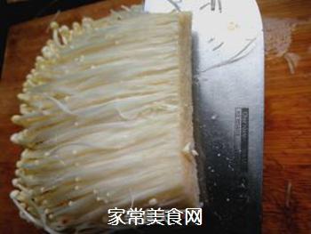 香辣金针菇的做法步骤:2