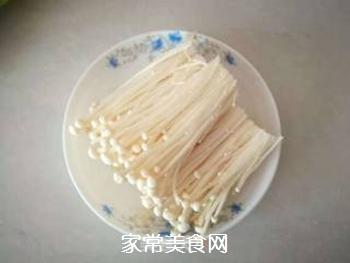 金针菇炒青菜的做法步骤:1