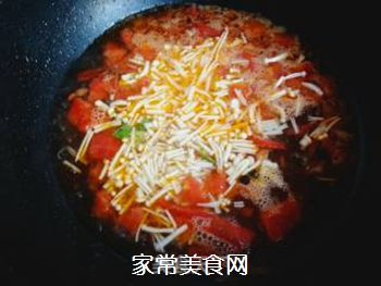 金针菇蛋花汤的做法步骤:7