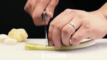 苹果烧肉的做法步骤:5