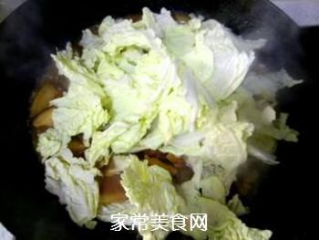 白菜五花肉炖粉丝的做法步骤:11
