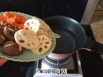五花肉麻辣香锅的做法步骤:3