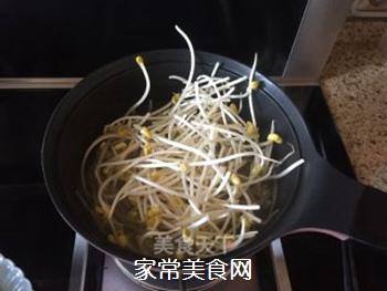 五花肉麻辣香锅的做法步骤:5