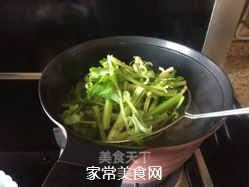 五花肉麻辣香锅的做法步骤:6