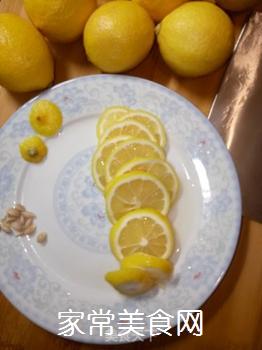 蜂蜜柠檬的做法步骤:3