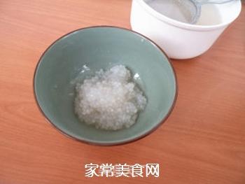 枇杷椰汁西米露的做法步骤:7