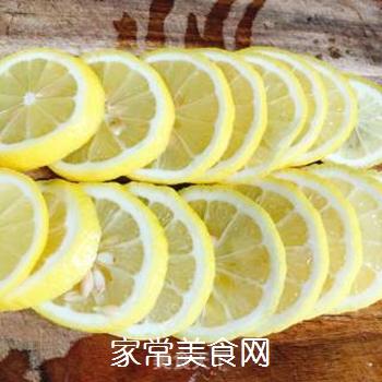 雪碧柠檬水的做法步骤:3
