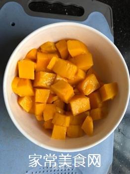 菠萝芒果汁的做法步骤:1