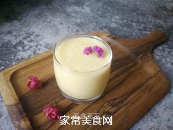 香蕉菠萝风味乳的做法