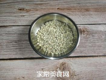 美白薏米水的做法步骤:1