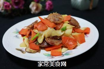 腊肠炒杏鲍菇的做法