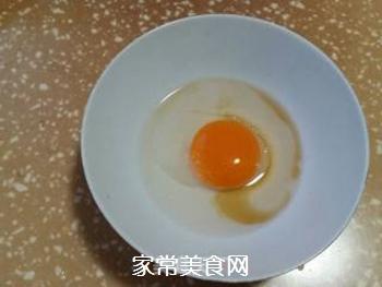 鸡蛋炒馒头的做法步骤:4