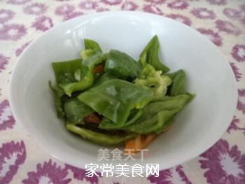 杏鲍菇炒胡萝卜的做法步骤:3